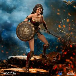 Mezco Toyz One:12 Collective DC Comics Wonder Woman 1/12 Sca